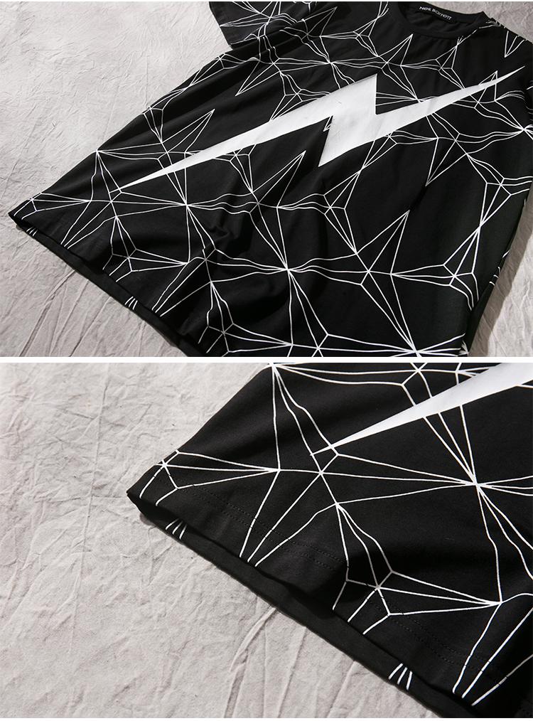 休闲线条三角形拼接闪电图案